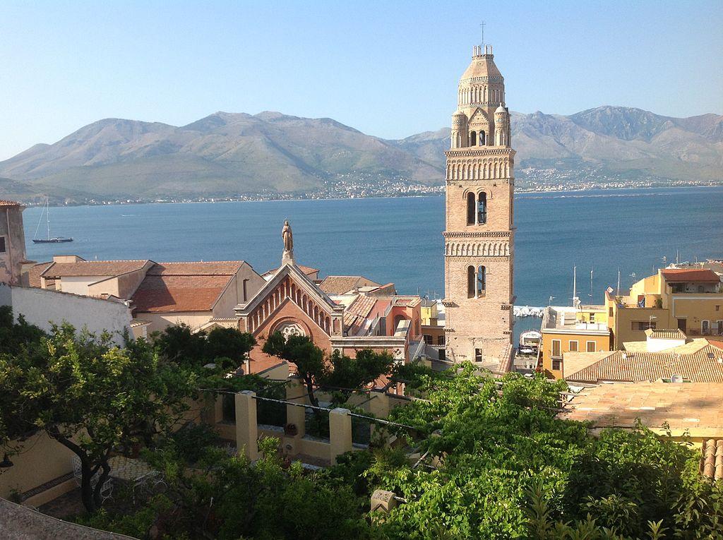 Basilica Cattedrale Gaeta veduta