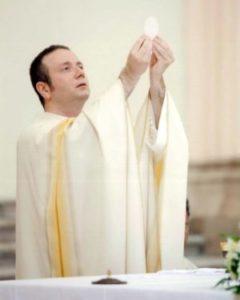 don antonio centola nuovo parroco della basilica cattedrale di gaeta